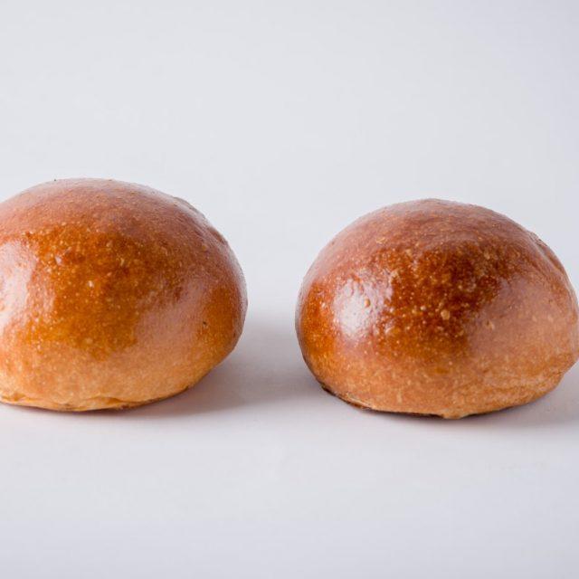 http://capitalbread.com/wp-content/uploads/2018/09/Rolls-and-Buns-Burger-Buns-Custom-640x640.jpg