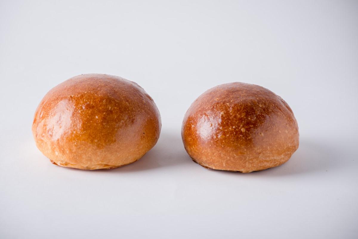 http://capitalbread.com/wp-content/uploads/2018/09/Rolls-and-Buns-Burger-Buns-Custom.jpg