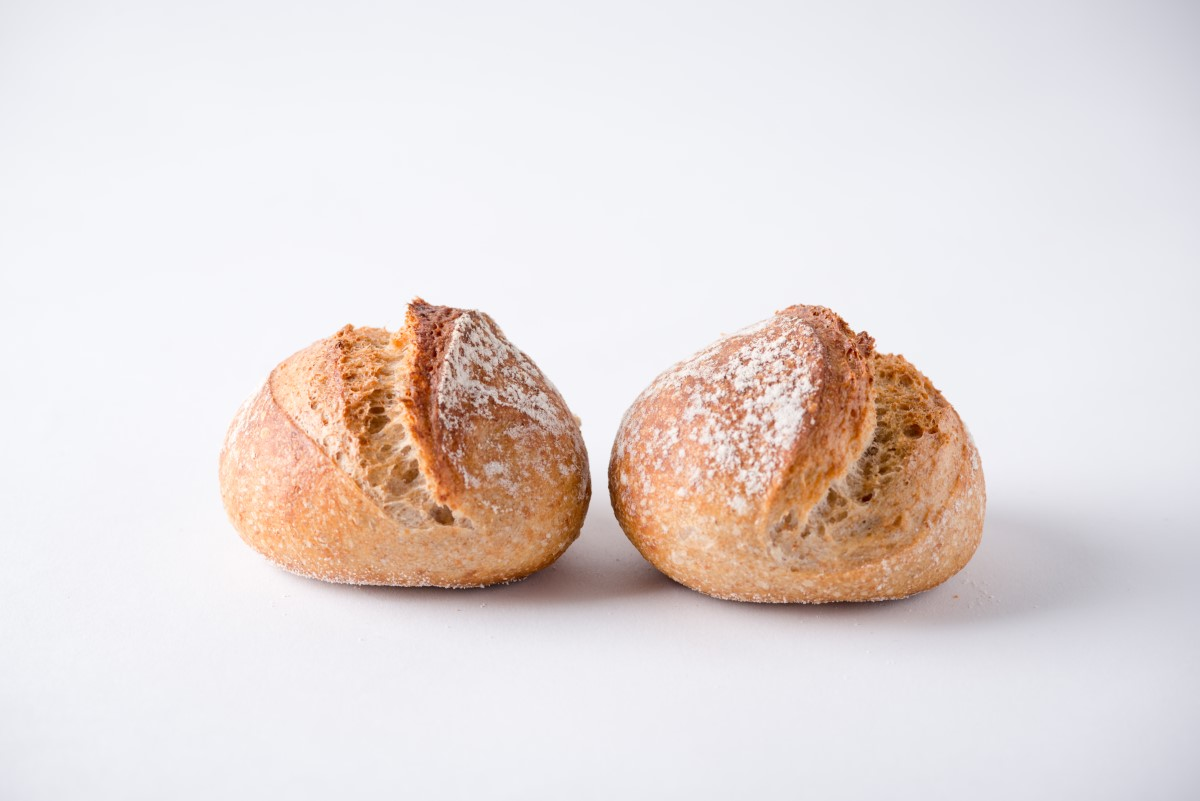 http://capitalbread.com/wp-content/uploads/2018/10/27-Rolls-and-Buns-mini-boule-Campagne-Custom.jpg