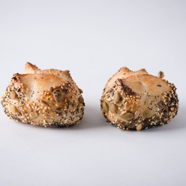 http://capitalbread.com/wp-content/uploads/2018/10/28-Rolls-and-Buns-Mini-Boule-Cereals-Custom-640x640.jpg